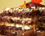 tarta_chocolate_nata_frutas
